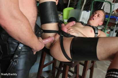 Photo number 18 from Lick it Boy shot for Nasty Daddy on Kink.com. Featuring Kristofer Weston and Tyler Rush in hardcore BDSM & Fetish porn.