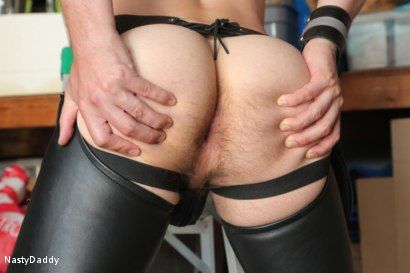 Photo number 7 from Lick it Boy shot for Nasty Daddy on Kink.com. Featuring Kristofer Weston and Tyler Rush in hardcore BDSM & Fetish porn.