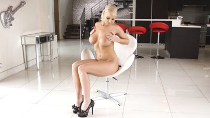 Photo number 2 from Beautiful Busty Housewife, Bound and Banged shot for Bound Gang Bangs on Kink.com. Featuring London River, Donny Sins, Jon Jon, Mr. Pete, Prince Yahshua and Zac Wild in hardcore BDSM & Fetish porn.