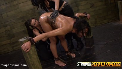 Photo number 12 from Slutty Slave Isa Mendez Dominated by Lexy Villa & Brooklyn Daniels shot for Strapon Squad on Kink.com. Featuring Isa Mendez, Lexy Villa and Brooklyn Daniels in hardcore BDSM & Fetish porn.