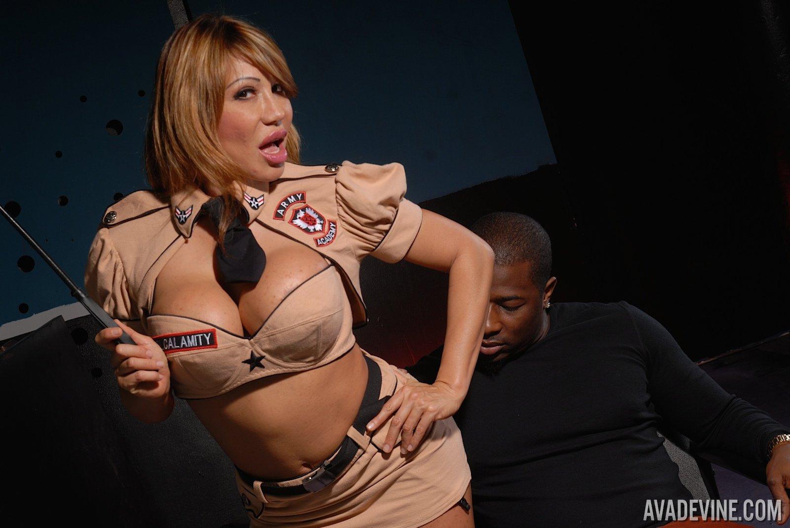 Ava Devine Disciplines Rob's Cock