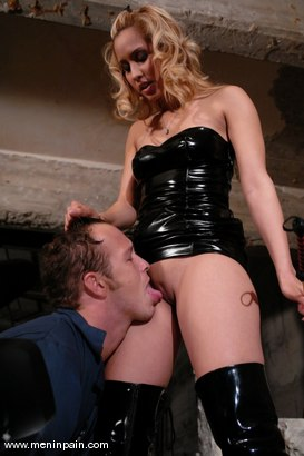 Photo number 6 from Isis Love and Billy shot for Men In Pain on Kink.com. Featuring Billy and Isis Love in hardcore BDSM & Fetish porn.