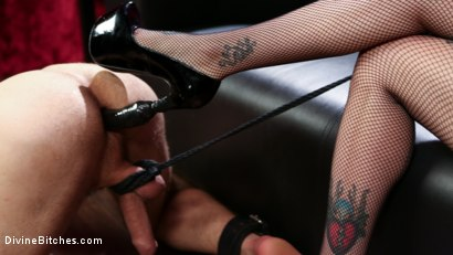 Photo number 14 from Bad Boy Toy shot for Divine Bitches on Kink.com. Featuring Arabelle Raphael and DJ in hardcore BDSM & Fetish porn.