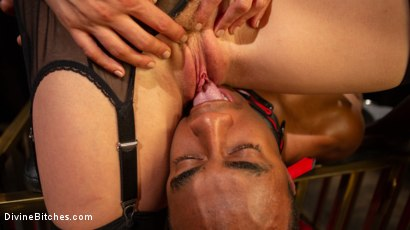 Photo number 19 from TEDxxx: Kinky Ideas Worth Spreading shot for Divine Bitches on Kink.com. Featuring Mona Wales and Buck Wright in hardcore BDSM & Fetish porn.