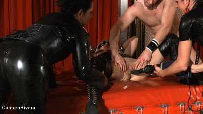 Photo number 20 from Born to be Wide: Chapter One shot for Carmen Rivera on Kink.com. Featuring Carmen Rivera, Rosi Rosetta, Mister P., Miss Chantalle and Lady Nancy in hardcore BDSM & Fetish porn.