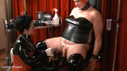 Photo number 3 from Born to be Wide: Chapter One shot for Carmen Rivera on Kink.com. Featuring Carmen Rivera, Rosi Rosetta, Mister P., Miss Chantalle and Lady Nancy in hardcore BDSM & Fetish porn.