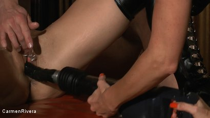 Photo number 21 from Born to be Wide: Chapter One shot for Carmen Rivera on Kink.com. Featuring Carmen Rivera, Rosi Rosetta, Mister P., Miss Chantalle and Lady Nancy in hardcore BDSM & Fetish porn.
