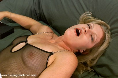 Photo number 2 from Emerald shot for Fucking Machines on Kink.com. Featuring Emerald in hardcore BDSM & Fetish porn.