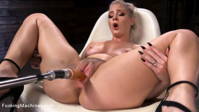 Photo number 6 from Blonde Squirting Slut Gets Fucked Out of Her Mind! shot for Fucking Machines on Kink.com. Featuring Lisey Sweet in hardcore BDSM & Fetish porn.