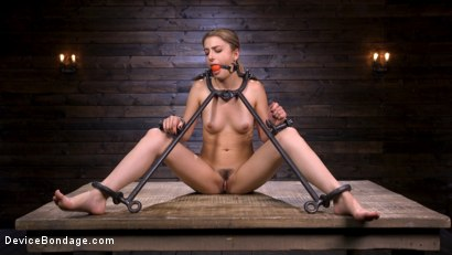 Photo number 6 from Beauty and The Beast: Kristen Scott vs The Pope shot for Device Bondage on Kink.com. Featuring Kristen Scott in hardcore BDSM & Fetish porn.