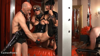 Photo number 1 from Born to be Wide: Chapter Three shot for Carmen Rivera on Kink.com. Featuring Rosi Rosetta, Carmen Rivera, Mister P., Miss Chantalle and Lady Nancy in hardcore BDSM & Fetish porn.
