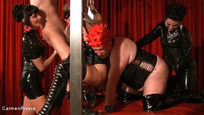 Photo number 19 from Born to be Wide: Chapter Three shot for Carmen Rivera on Kink.com. Featuring Rosi Rosetta, Carmen Rivera, Mister P., Miss Chantalle and Lady Nancy in hardcore BDSM & Fetish porn.