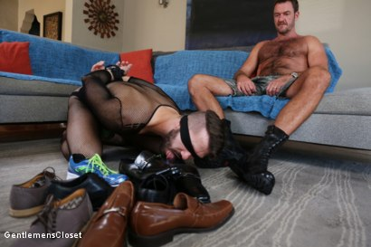 Photo number 1 from Nylon Daddies shot for Gentlemens Closet on Kink.com. Featuring Conrad Logun and Anthony London in hardcore BDSM & Fetish porn.
