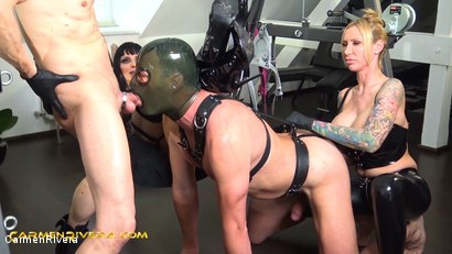 """Photo number 12 from Verarscht: Chapter Two shot for Carmen Rivera on Kink.com. Featuring Carmen Rivera, Mister P., Chris """"Schock"""" Cock and Queen Jennifer Carter in hardcore BDSM & Fetish porn."""