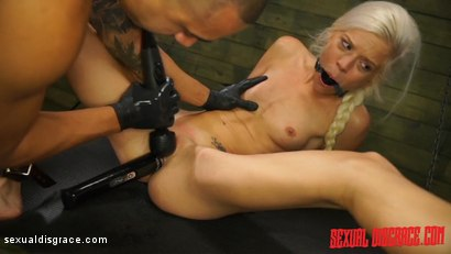 Photo number 13 from Halle Von Sexual Disgrace Hollering Hippy shot for Sexual Disgrace on Kink.com. Featuring Halle Von and Bruno Dickemz in hardcore BDSM & Fetish porn.