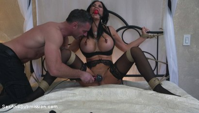 Photo number 5 from Jasmine Jae Learns a Lesson shot for Sex And Submission on Kink.com. Featuring Charles Dera and Jasmine Jae in hardcore BDSM & Fetish porn.