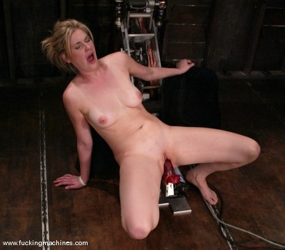 Photo number 9 from Fuckzilla meets his match shot for Fucking Machines on Kink.com. Featuring Fayth Deluca in hardcore BDSM & Fetish porn.
