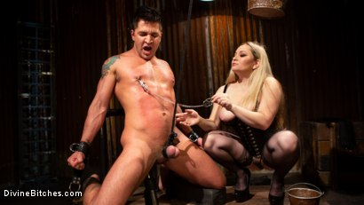 Photo number 5 from A Dom's Domme: Divine Bitch Aiden Starr dominates beefcake male top shot for Divine Bitches on Kink.com. Featuring Aiden Starr and Dominic Pacifico in hardcore BDSM & Fetish porn.