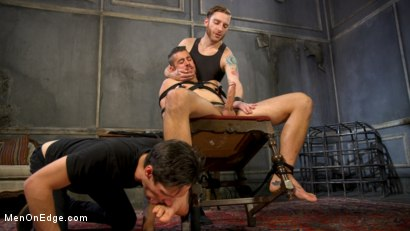 Photo number 11 from Over the Edge: Handsome Stud Dante Colle Unable to Resist Master Keys shot for Men On Edge on Kink.com. Featuring Dante Colle in hardcore BDSM & Fetish porn.