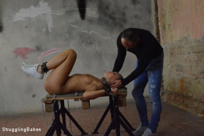 Photo number 18 from Morgan Stuck in a Torment Device shot for Struggling Babes on Kink.com. Featuring Morgan Rodriguez and Ridge in hardcore BDSM & Fetish porn.