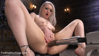 Photo number 13 from Blonde Alt Babe Squirts From the Machines shot for Fucking Machines on Kink.com. Featuring Arielle Aquinas in hardcore BDSM & Fetish porn.