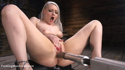 Photo number 15 from Blonde Alt Babe Squirts From the Machines shot for Fucking Machines on Kink.com. Featuring Arielle Aquinas in hardcore BDSM & Fetish porn.