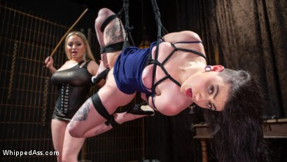 Lydia Black is Aiden Starr's Pain Piggy