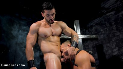 Photo number 1 from Dillon Diaz serves The House shot for Bound Gods on Kink.com. Featuring Arad Winwin and Dillon Diaz in hardcore BDSM & Fetish porn.