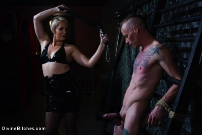Photo number 1 from Locked and Loaded: Helena Locke drives Jessie Sparkles to the edge shot for Divine Bitches on Kink.com. Featuring Helena Locke and Jessie Sparkles in hardcore BDSM & Fetish porn.
