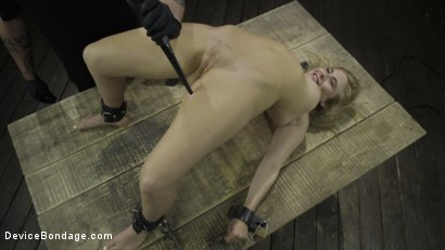 Photo number 15 from Fresh Meat: Lindsey Cruz in Device Bondage and Squirting shot for Device Bondage on Kink.com. Featuring Lindsey Cruz in hardcore BDSM & Fetish porn.