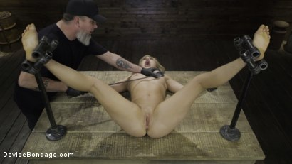 Photo number 19 from Fresh Meat: Lindsey Cruz in Device Bondage and Squirting shot for Device Bondage on Kink.com. Featuring Lindsey Cruz in hardcore BDSM & Fetish porn.