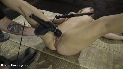 Photo number 25 from Fresh Meat: Lindsey Cruz in Device Bondage and Squirting shot for Device Bondage on Kink.com. Featuring Lindsey Cruz in hardcore BDSM & Fetish porn.