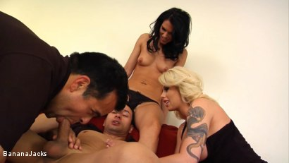 Photo number 13 from Blindfolded and Tricked to Suck Cock shot for Banana Jacks on Kink.com. Featuring Jennifer Dark, Gabriel Dalessandro, Toe Jam and Brooke Haven in hardcore BDSM & Fetish porn.