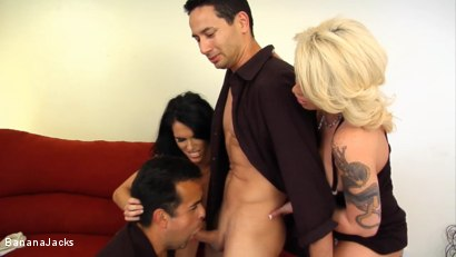 Photo number 16 from Blindfolded and Tricked to Suck Cock shot for Banana Jacks on Kink.com. Featuring Jennifer Dark, Gabriel Dalessandro, Toe Jam and Brooke Haven in hardcore BDSM & Fetish porn.