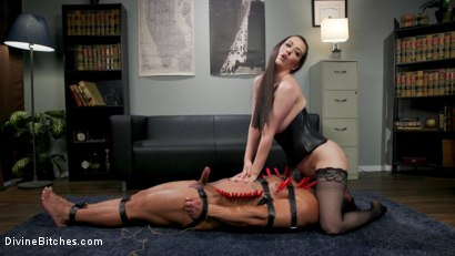 Photo number 18 from Office Boy: Cherry Torn's New Stupid Beefy Boy Toy shot for Divine Bitches on Kink.com. Featuring Draven Navarro and Cherry Torn in hardcore BDSM & Fetish porn.