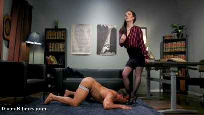Photo number 5 from Office Boy: Cherry Torn's New Stupid Beefy Boy Toy shot for Divine Bitches on Kink.com. Featuring Draven Navarro and Cherry Torn in hardcore BDSM & Fetish porn.
