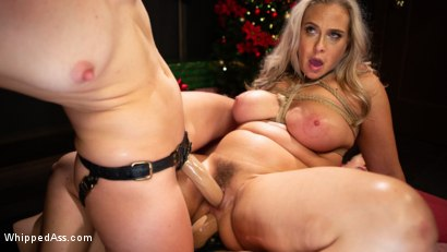 Photo number 10 from Holiday Gift: Angel Allwood is Mona Wales & Fox Acecaria's Slutty Toy shot for Whipped Ass on Kink.com. Featuring Mona Wales, Angel Allwood and Fox Acecaria in hardcore BDSM & Fetish porn.