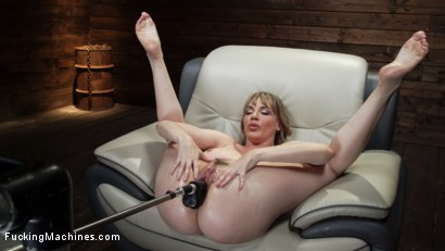 Photo number 20 from Kink Legend Dana DeArmond is Back to Fuck Our Machines shot for Fucking Machines on Kink.com. Featuring Dana DeArmond in hardcore BDSM & Fetish porn.