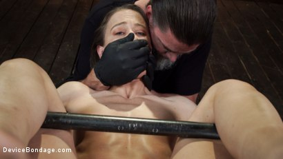 Photo number 16 from Cheyenne Jewel: Body Builder is Restrained in Diabolical Devices shot for Device Bondage on Kink.com. Featuring Cheyenne Jewel in hardcore BDSM & Fetish porn.
