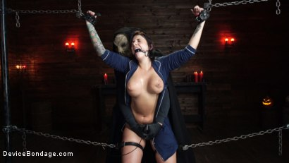 Photo number 16 from Nightmares Do Come True: Ivy LeBelle Confronted By Her Fears shot for Device Bondage on Kink.com. Featuring Ivy LeBelle in hardcore BDSM & Fetish porn.