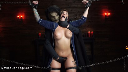 Photo number 5 from Nightmares Do Come True: Ivy LeBelle Confronted By Her Fears shot for Device Bondage on Kink.com. Featuring Ivy LeBelle in hardcore BDSM & Fetish porn.
