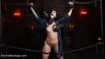 Photo number 8 from Nightmares Do Come True: Ivy LeBelle Confronted By Her Fears shot for Device Bondage on Kink.com. Featuring Ivy LeBelle in hardcore BDSM & Fetish porn.