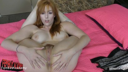 Lauren Phillips: Giant Natural Tit Hairy Pussy Wonder Robot