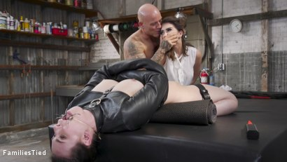 Photo number 8 from Sisterly Secrets Land Casey Calvert In Double Anal Trouble shot for  on Kink.com. Featuring Derrick Pierce, Joseline Kelly and Casey Calvert in hardcore BDSM & Fetish porn.