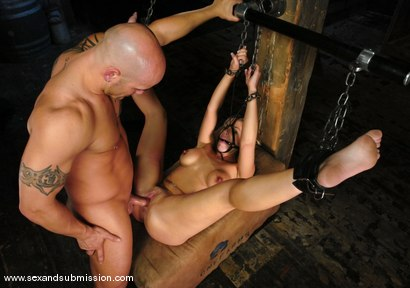 Photo number 12 from Kylie Worthy shot for Sex And Submission on Kink.com. Featuring Derrick Pierce and Kylie Worthy in hardcore BDSM & Fetish porn.