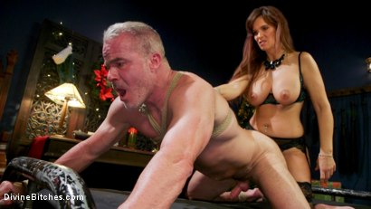 Photo number 3 from Santa Gets Got: MILF Syren de Mer Catches Dale Savage in Her Dungeon shot for Divine Bitches on Kink.com. Featuring Syren de Mer and Dale Savage in hardcore BDSM & Fetish porn.
