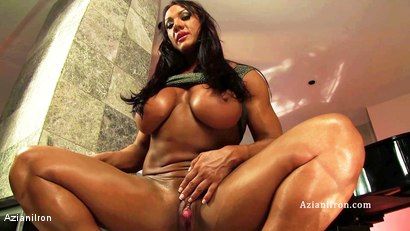 Muscle Iron Girls 1 - Amber DeLuca (Part 2)