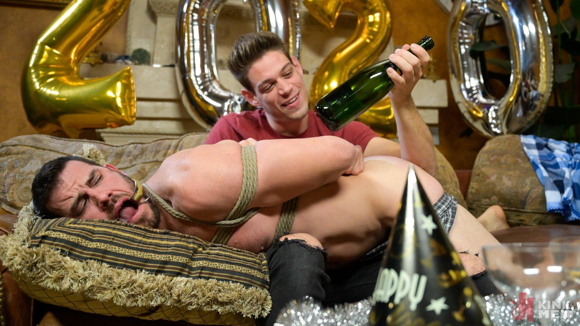 Photo number 4 from Homo Alone Part 2: Pizza Man Michael DelRay Punishes Vander Pulaski shot for Bound Gods on Kink.com. Featuring Michael DelRay and Vander Pulaski in hardcore BDSM & Fetish porn.