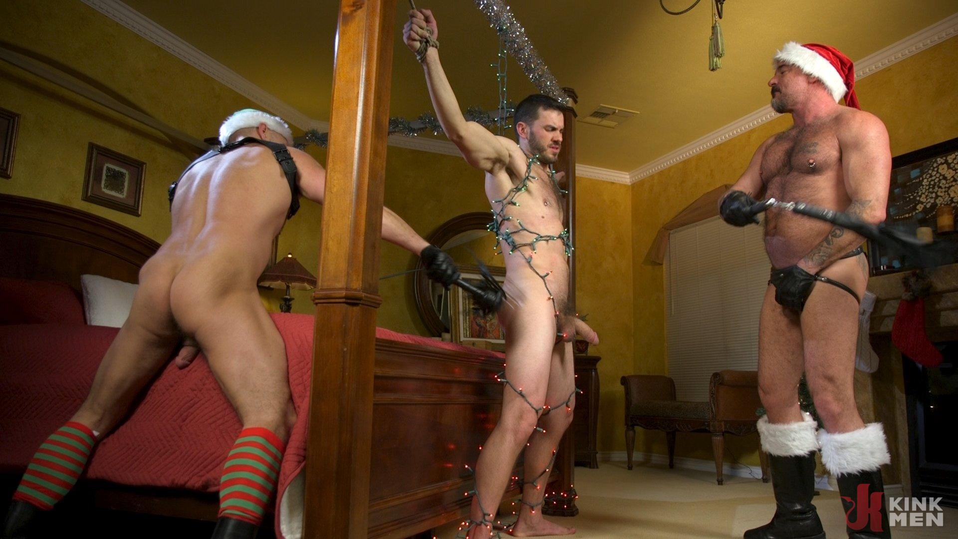 Photo number 20 from Homo Alone, Part One: Vander Pulaski Taken Down in Home Invasion shot for Bound Gods on Kink.com. Featuring Dirk Caber, Jack Dyer and Vander Pulaski in hardcore BDSM & Fetish porn.