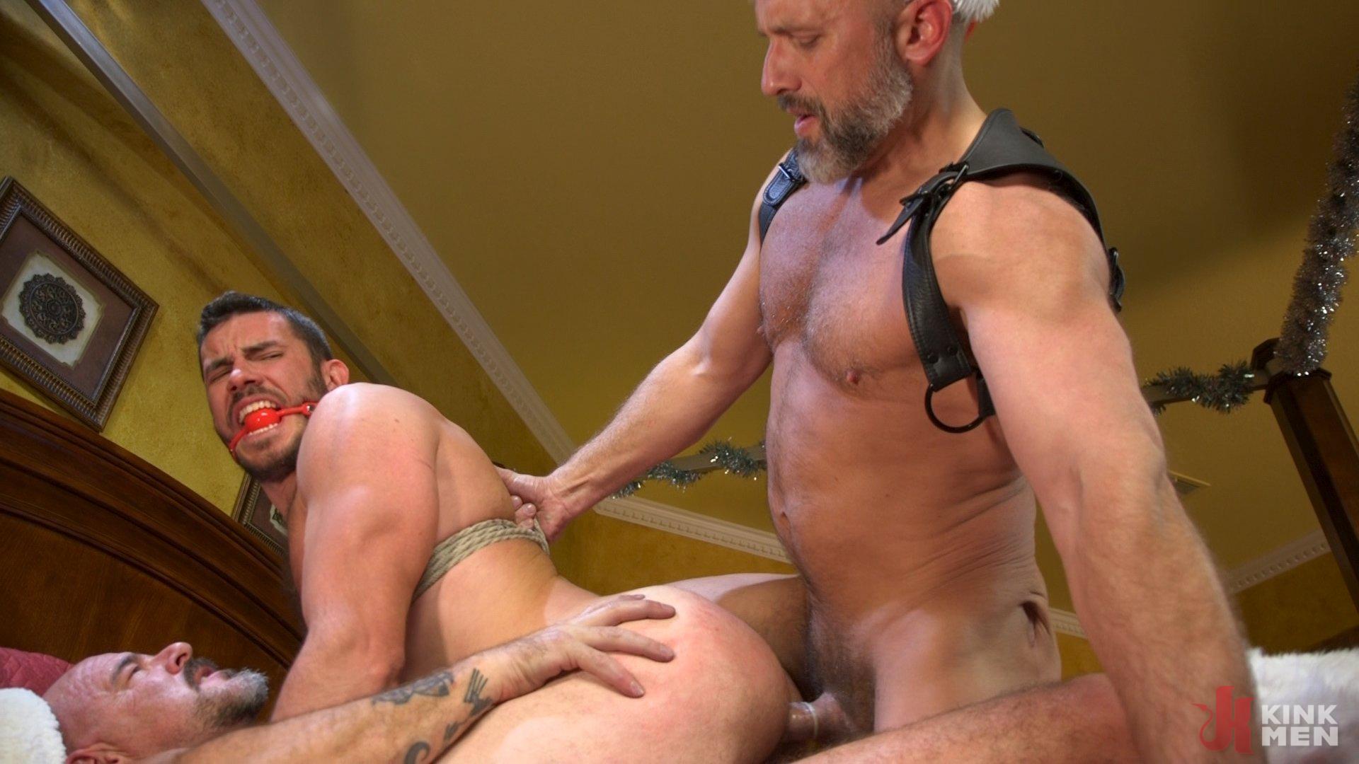 Photo number 29 from Homo Alone, Part One: Vander Pulaski Taken Down in Home Invasion shot for Bound Gods on Kink.com. Featuring Dirk Caber, Jack Dyer and Vander Pulaski in hardcore BDSM & Fetish porn.